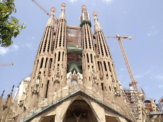 Ontloop de wachtrij bij Sagrada Familia