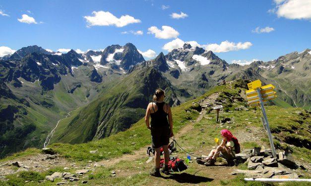 Goed insmeren tijdens wandelingen in de bergen