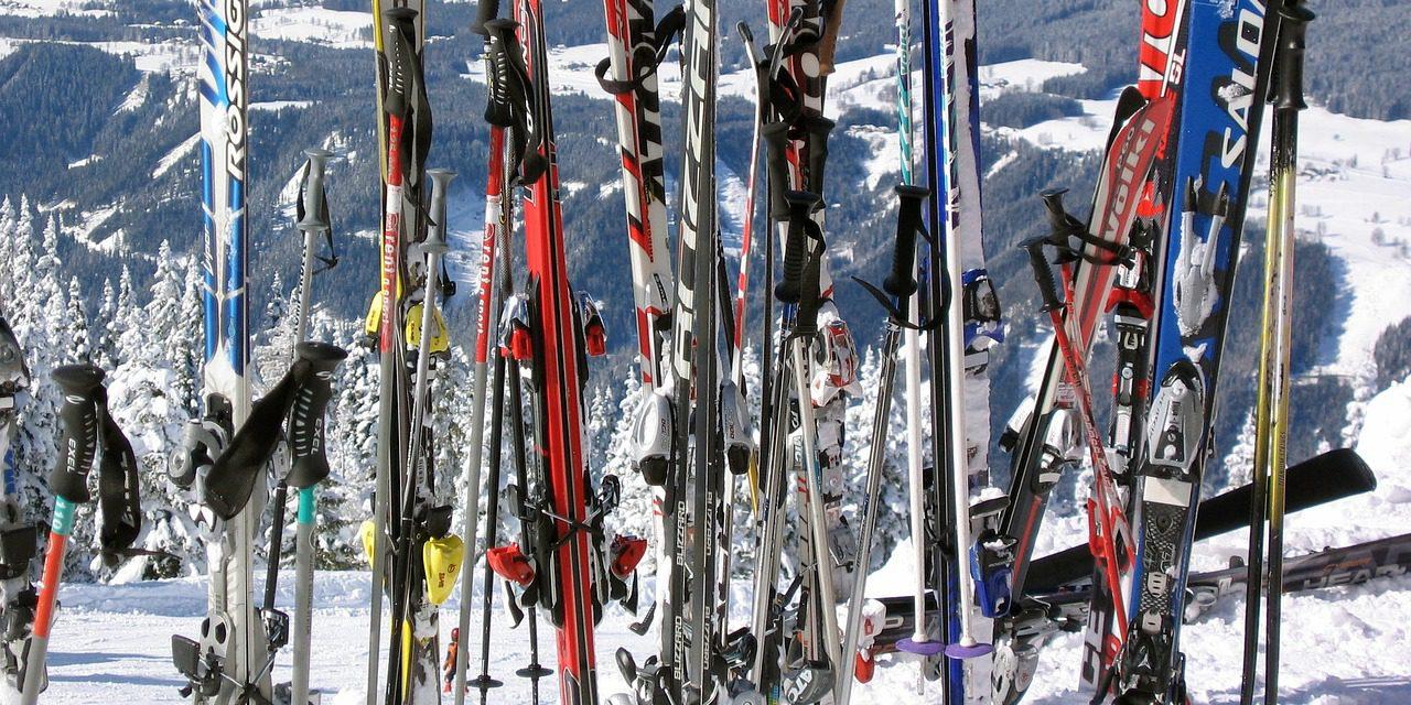 Je wintersport uitrusting op het dak, handige tips van de expert.