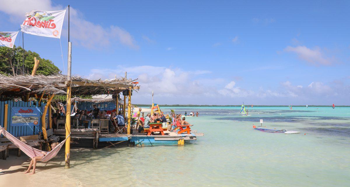 TUI gaat in juli weer naar Aruba, Bonaire en Curaçao