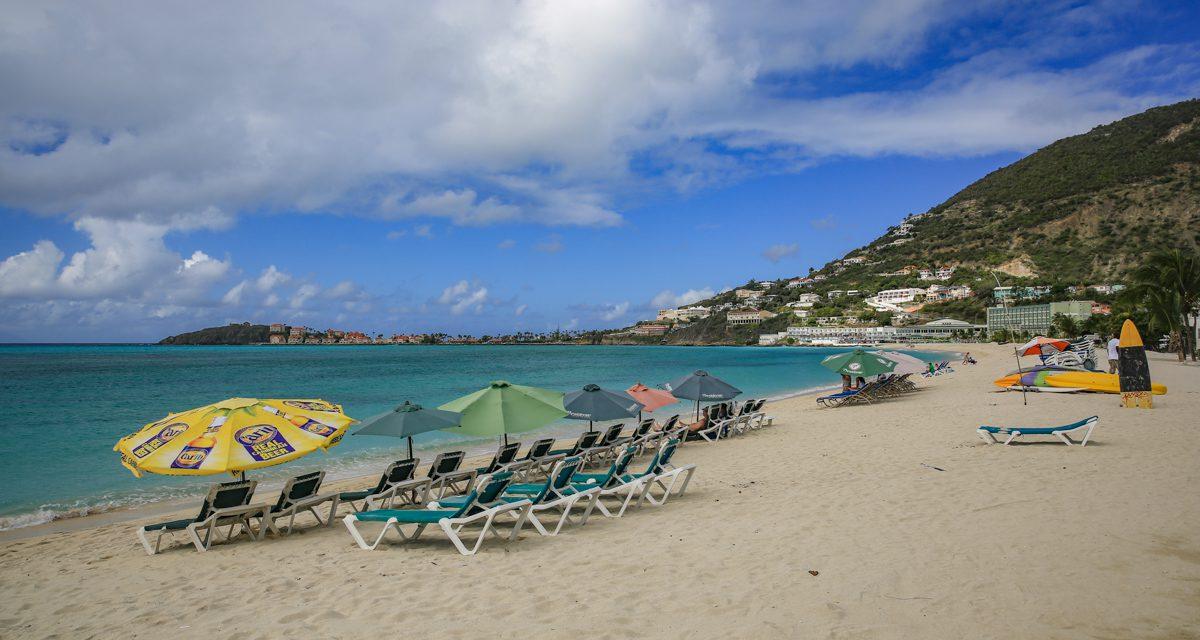 Sint-Maarten op code geel